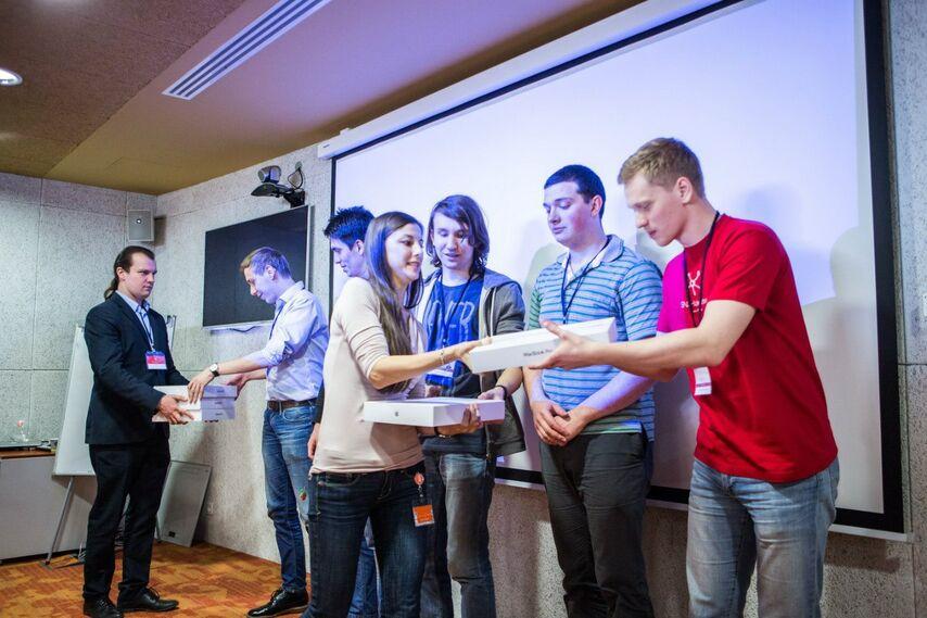2014 год, победа на Mail.ru SNA Hackathon<br /> Проект Prediction of User Churn