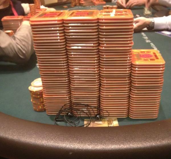 Стек Сэма Трикетта в кэш-игре – почти два миллиона долларов!
