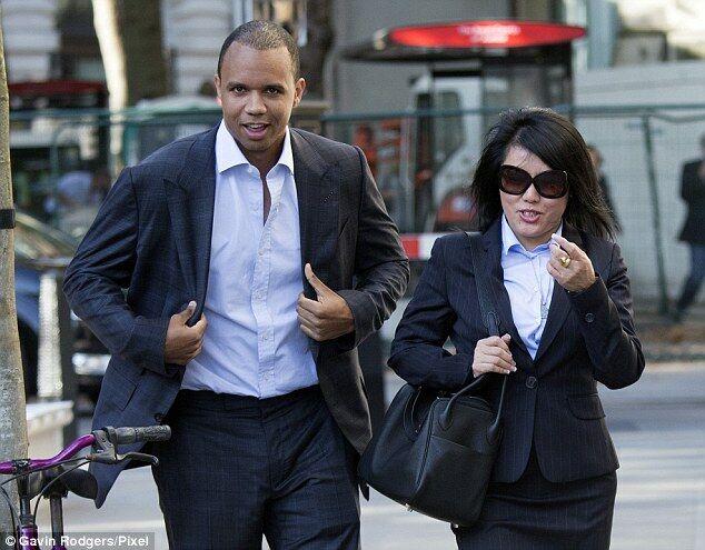Фил Айви и Чен Инь Сунь идут на очередное заседание